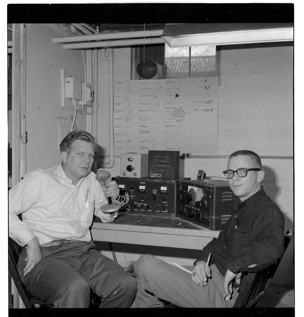 Amateur radio station KQWIA, Topeka, Kansas - 1