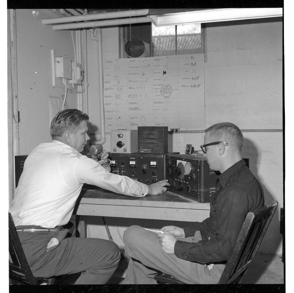 Amateur radio station KQWIA, Topeka, Kansas - 2