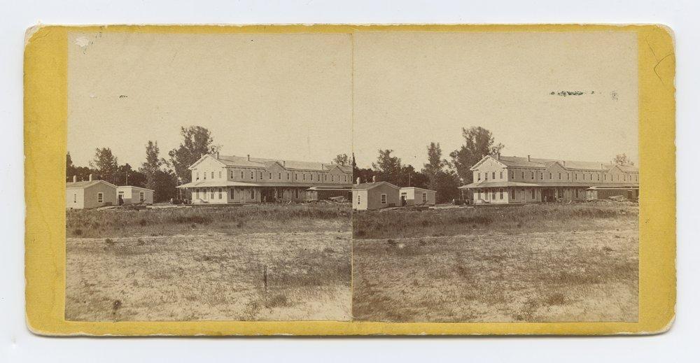 State Line Hotel Kansas. 284 miles west St. Louis, Mo. - 1