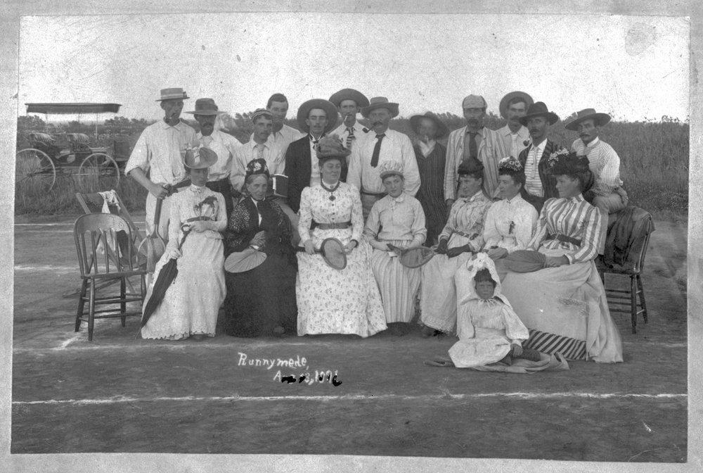 Tennis club in Runnymede, Kansas