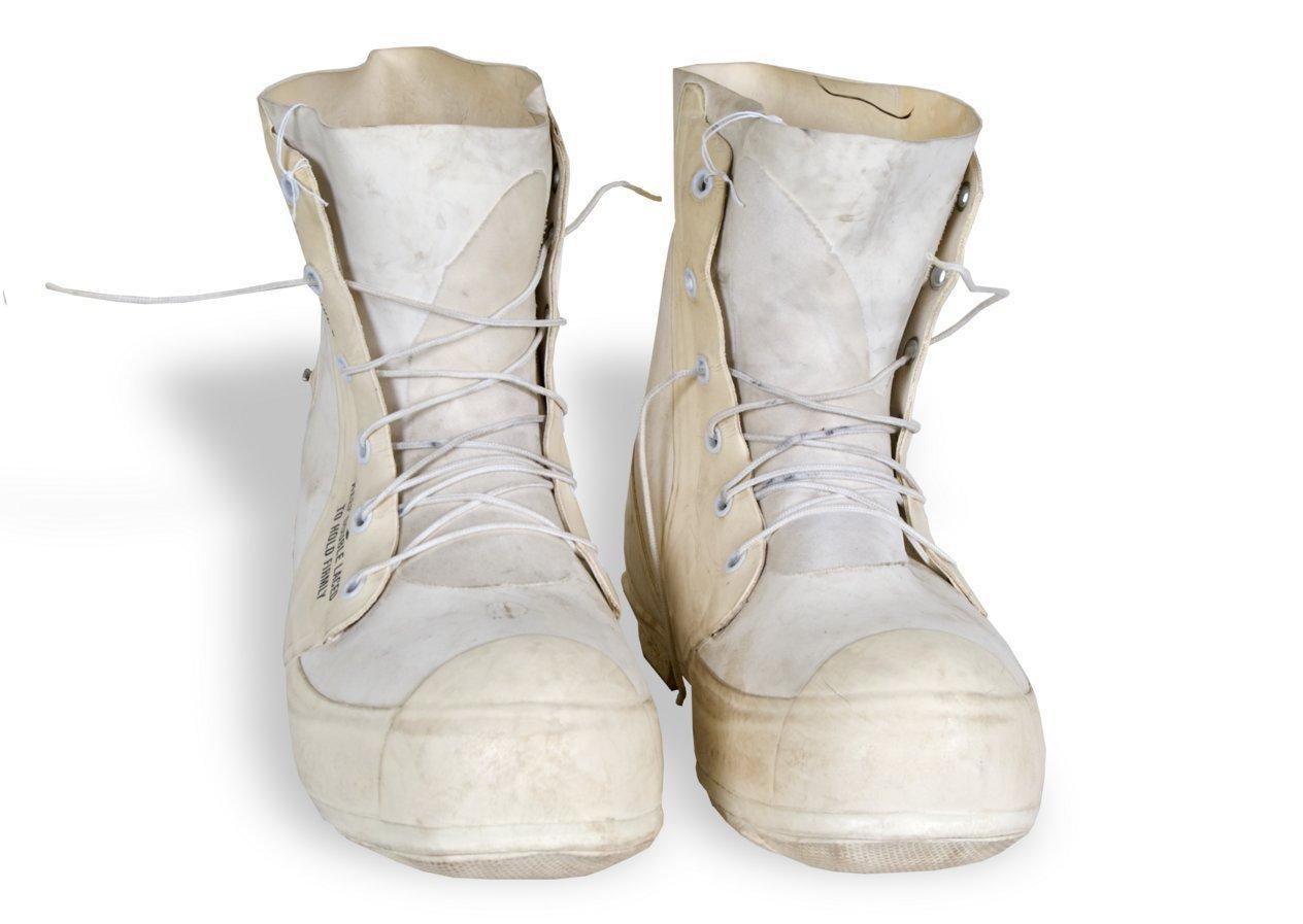 Uniform boots - 1