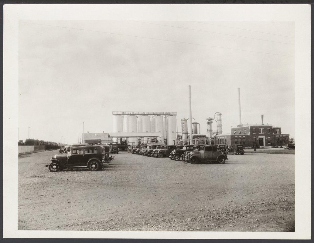 Globe Oil Refinery, McPherson, Kansas