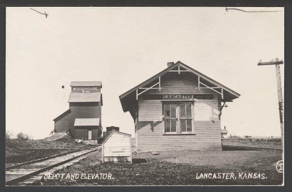 Depot and grain elevator in Lancaster, Kansas