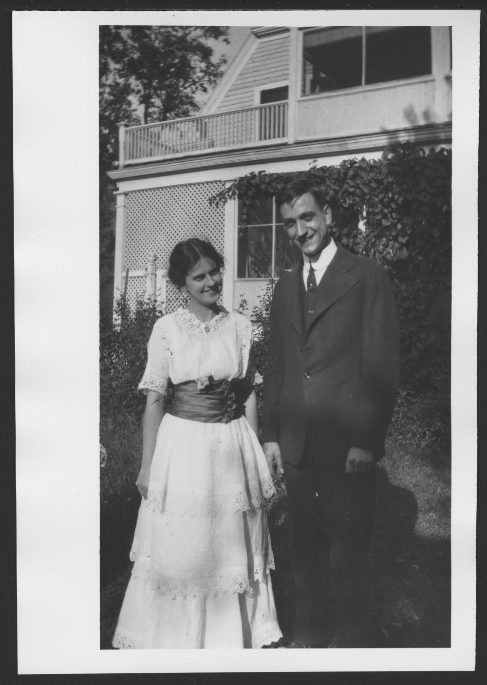 Karl A. Menninger, M.D. - Karl Menninger and Grace Gaines, his first wife, in 1919.