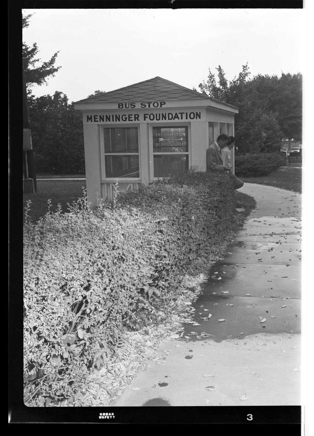 Menninger Foundation bus stop shelter in Topeka, Kansas - 1