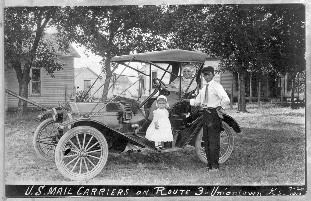 Rural mail carriers, Uniontown, Kansas