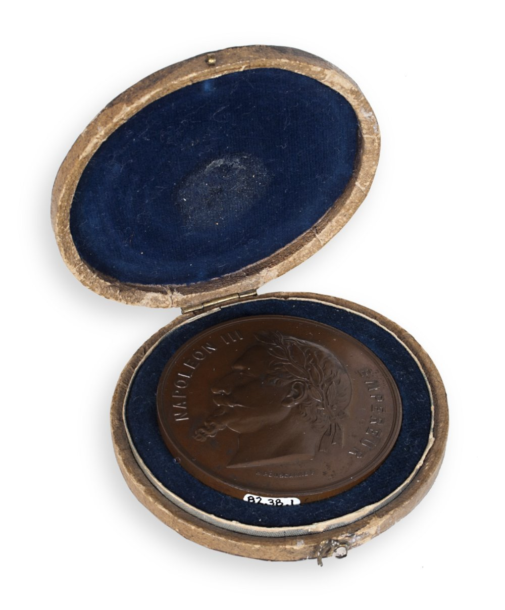 Bronze Napoleon III medal - 3