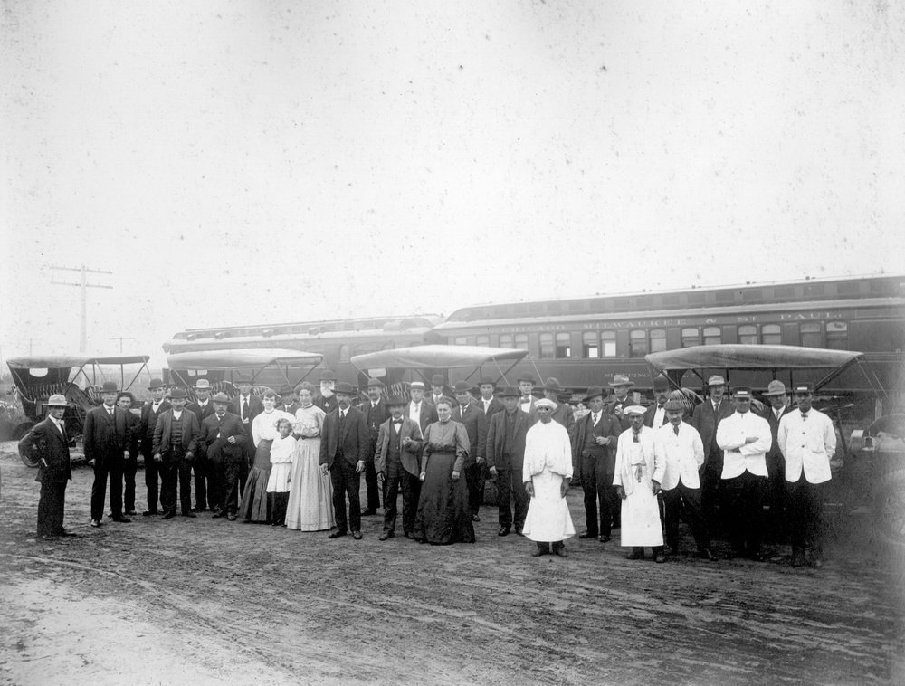 An excursion of the Great Western Land Company in Finney County, Kansas