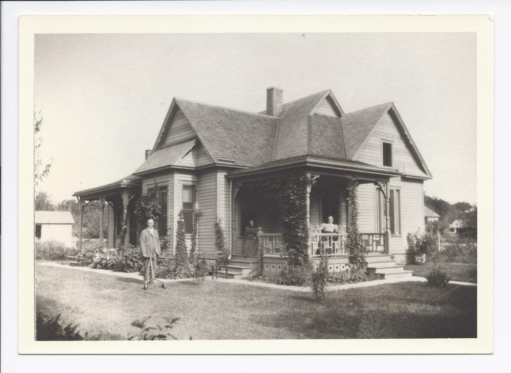 William C. Baylis home, Rossville, Kansas