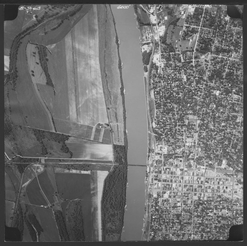 Aerial photographs of Leavenworth County, Kansas - 2