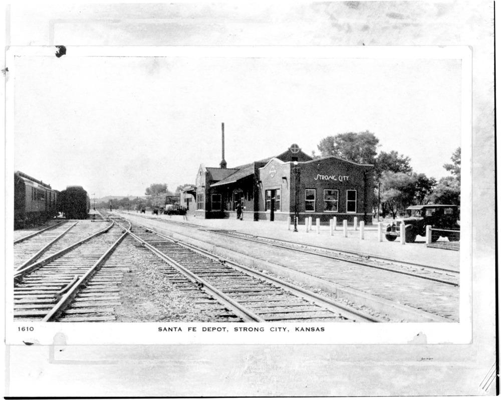 Atchison, Topeka and Santa Fe Railway Company depot, Strong City, Kansas