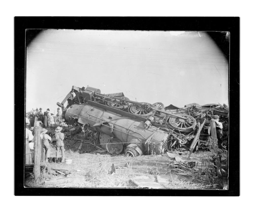 Atchison, Topeka & Santa Fe Railway wreck, Emporia, Kansas