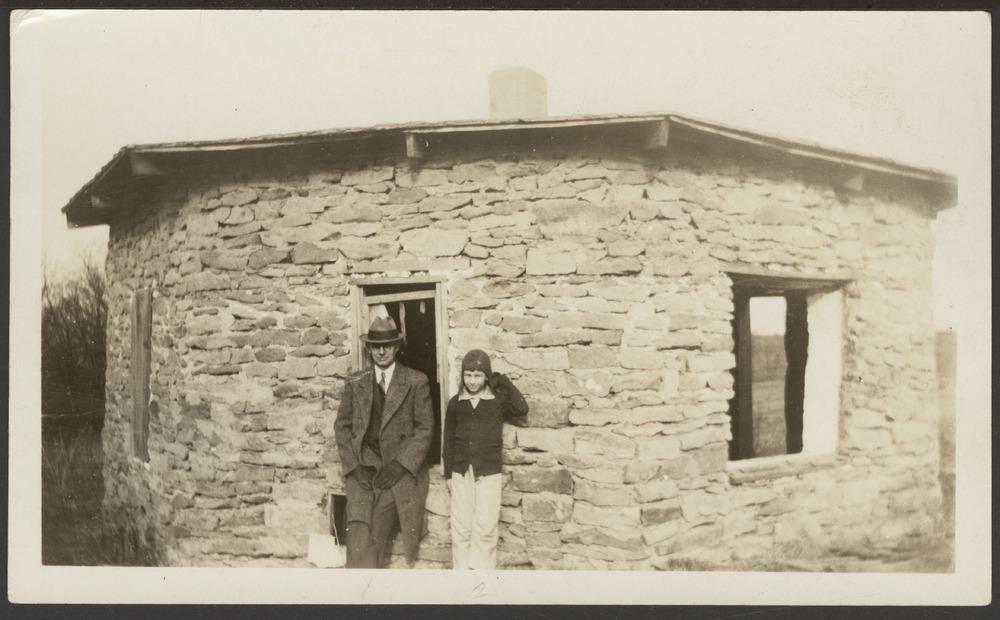 Octagonal house, Valencia, Kansas - 7