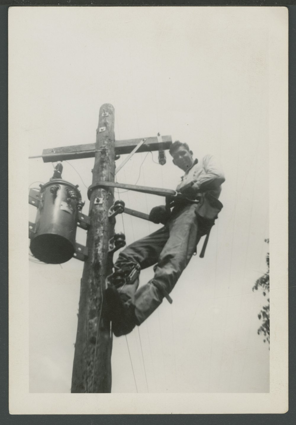 DS&O Rural Electric Cooperative's lineman - 1