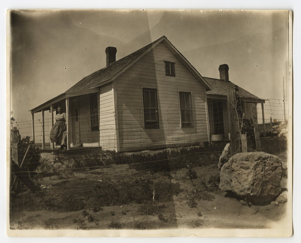 Chris and Ellen Nicholson's farmhouse near Jennings, Kansas - 1