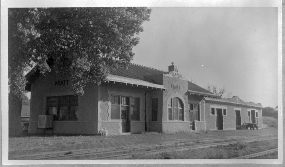 Atchison, Topeka and Santa Fe Railway Company depot, Pratt, Kansas