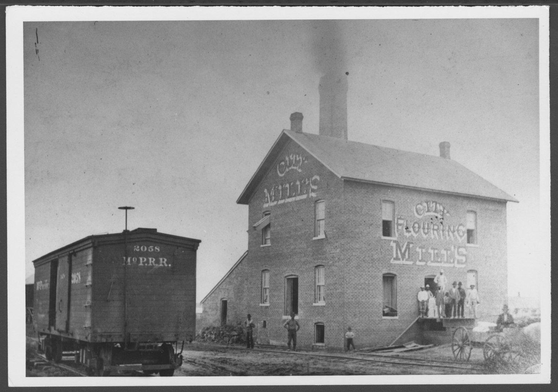City Flouring Mill, Hutchinson, Kansas - 1