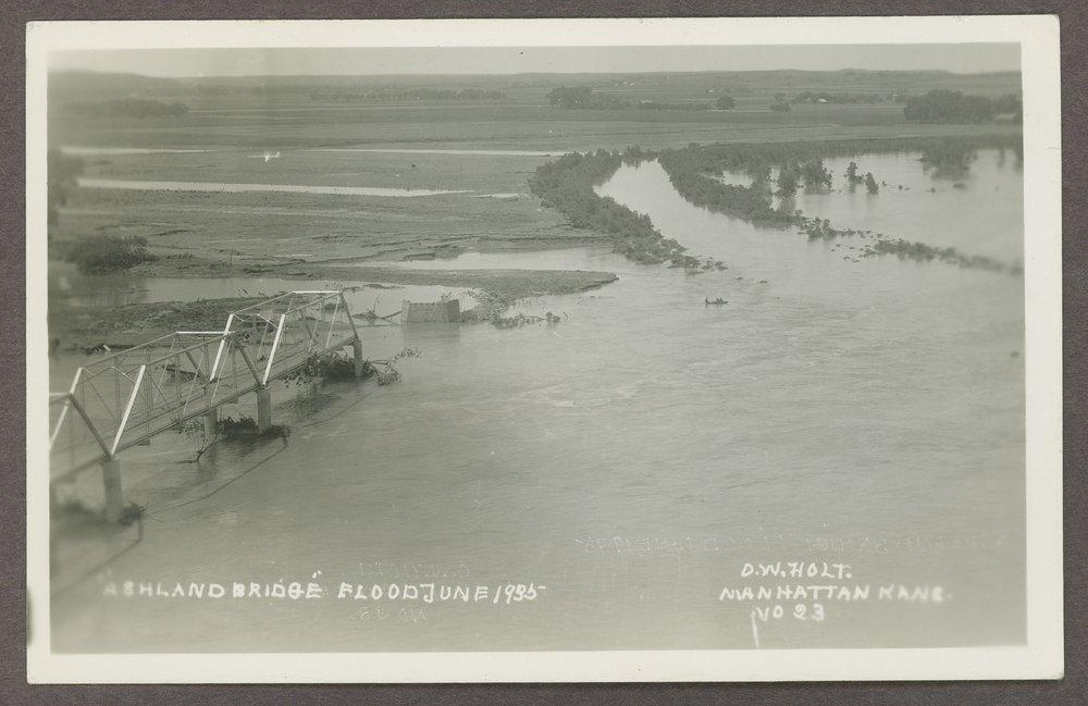 Flood scenes in Manhattan, Kansas - 6
