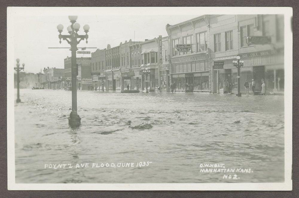 Flood scenes in Manhattan, Kansas - 1