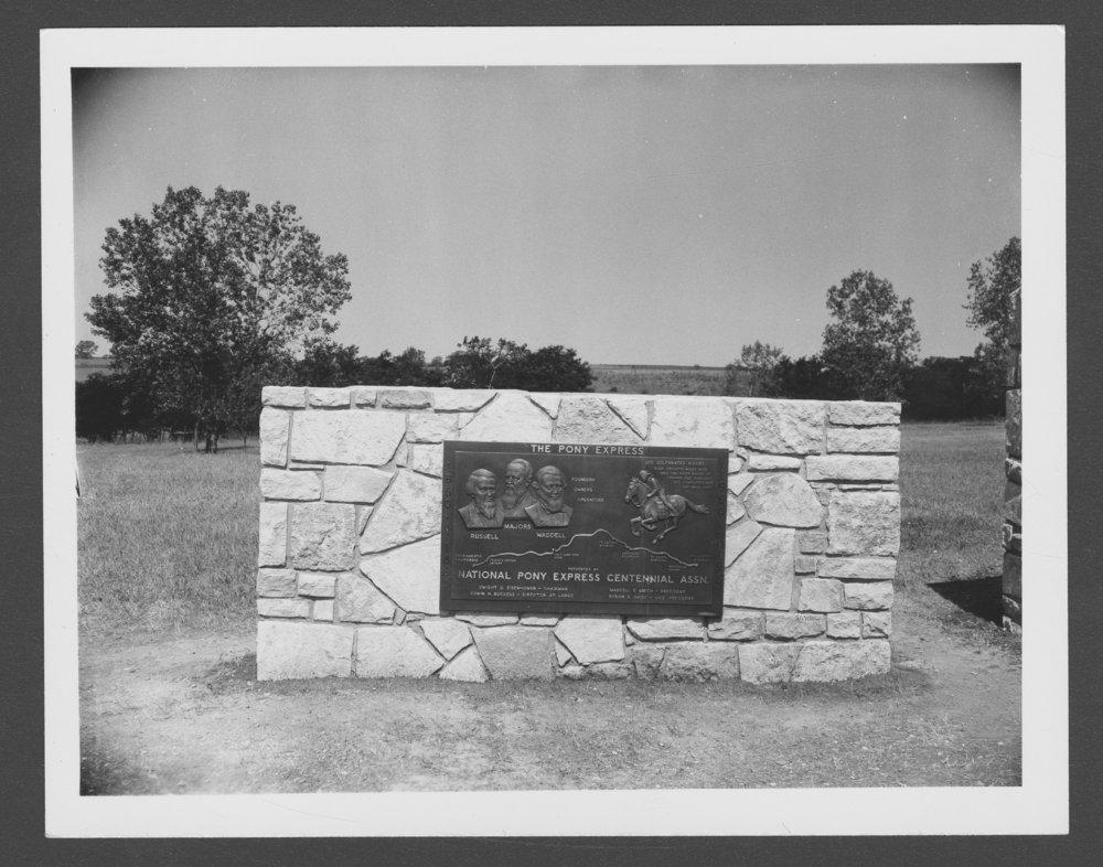 Dedication of the Pony Express monument, Washington County, Kansas - 1 [*3]