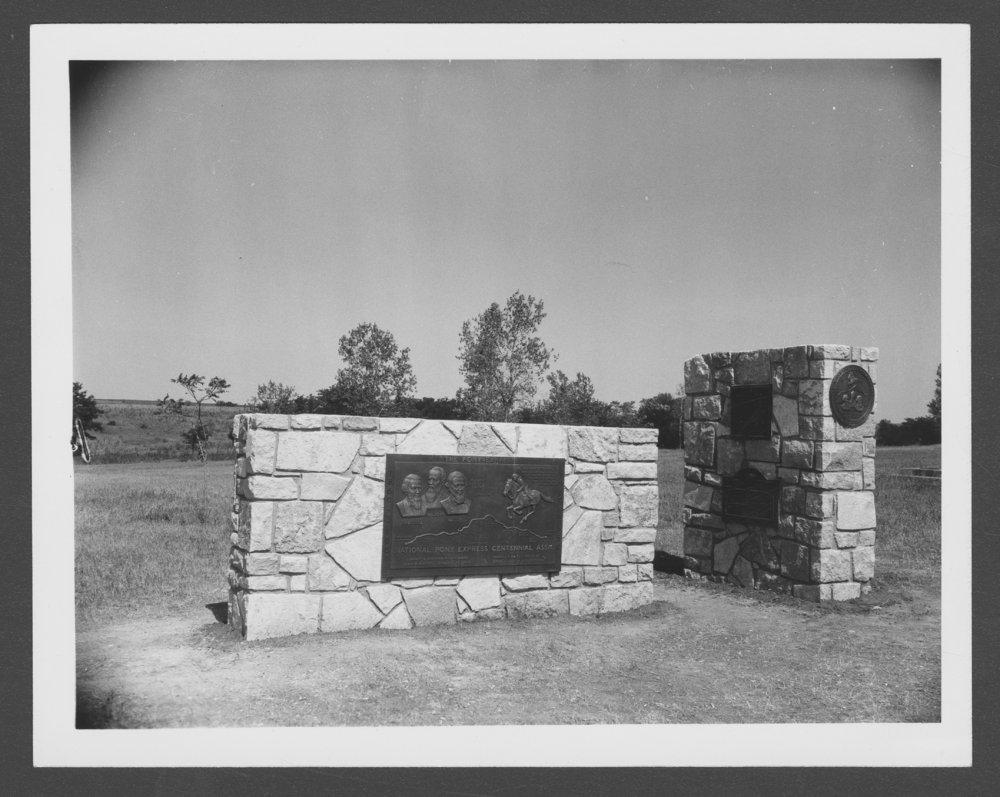 Dedication of the Pony Express monument, Washington County, Kansas - 1 [*4]