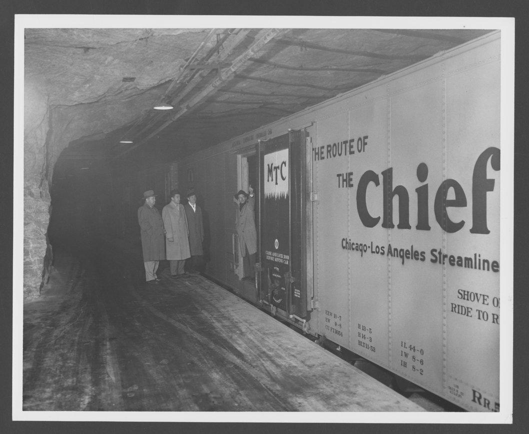 Atchison, Topeka & Santa Fe Railway Company's refrigeration car - 1