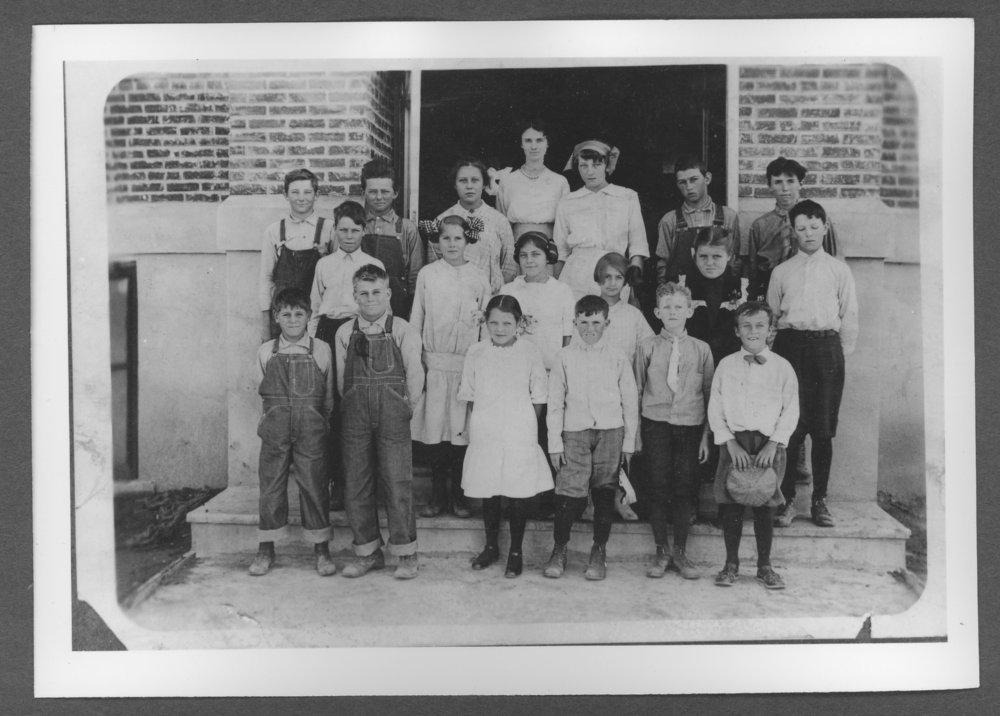 Sherman County, Kansas depot and school - Students at the second school building in Kanorado, Kansas.