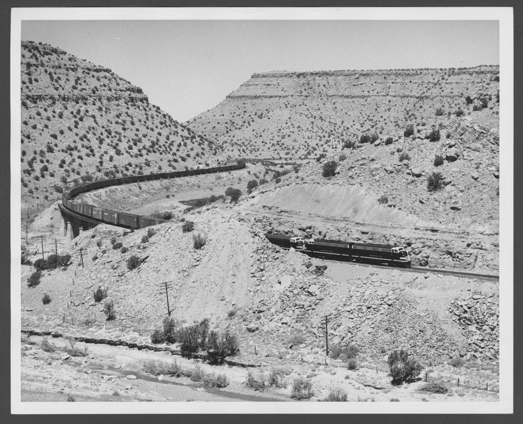 Atchison, Topeka & Santa Fe Railway Company diesel engine #283