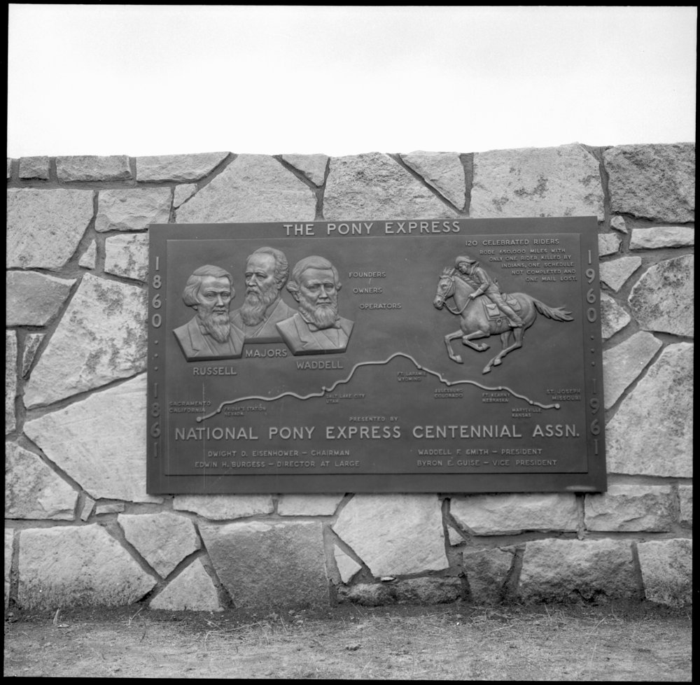 Dedication of the Pony Express monument, Washington County, Kansas - *12