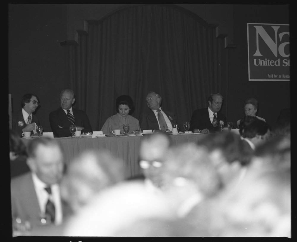 Nancy Landon Kassebaum with other Republican politicians, Topeka, Kansas - 4