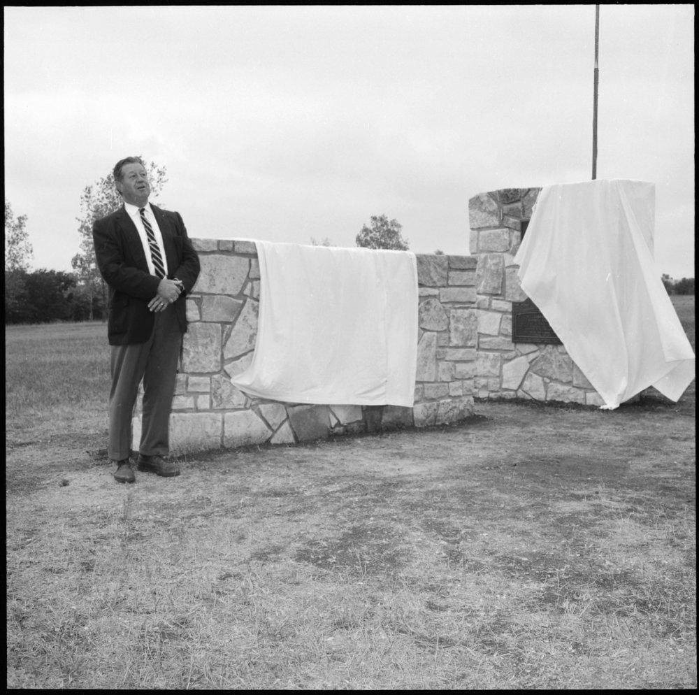 Dedication of the Pony Express monument, Washington County, Kansas - *8