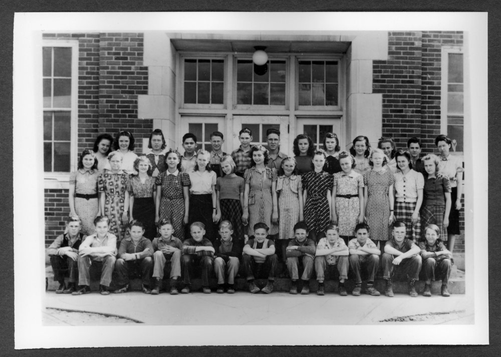 Scenes of Sherman County, Kansas - Eigth grade class at Grant School, 1942.