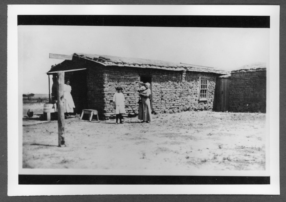 Scenes of Sherman County, Kansas - L.A. Chatfield homestead, about 1915.