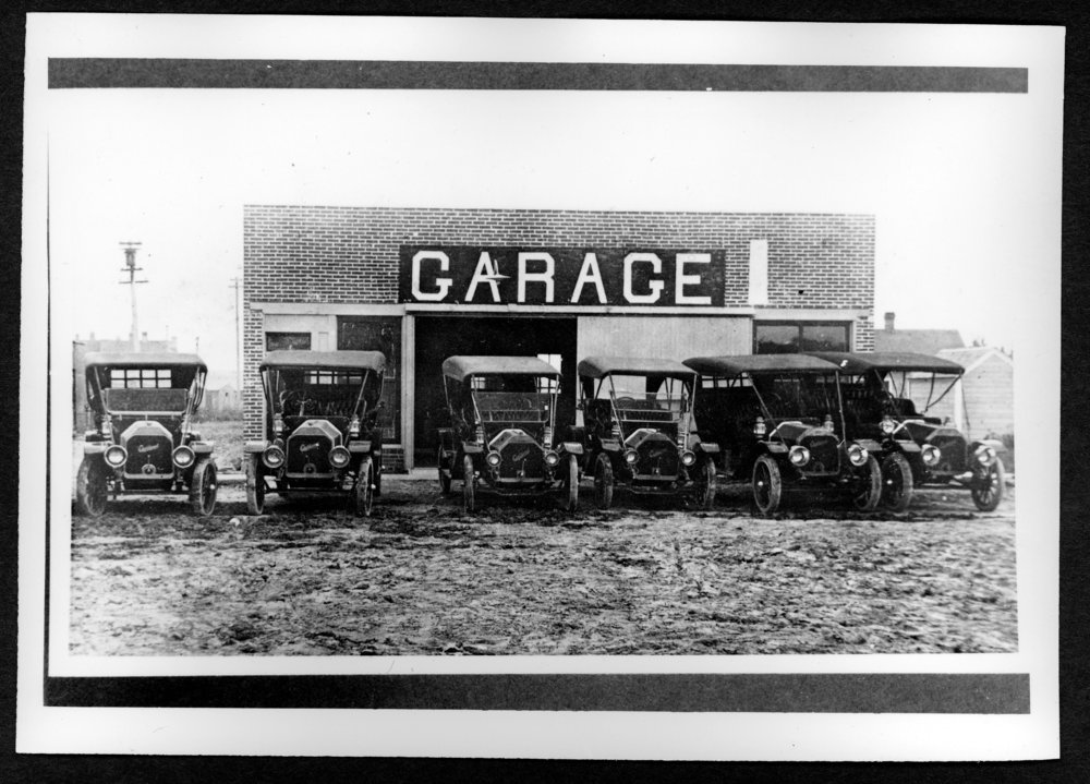 Scenes of Sherman County, Kansas - Dan Darby's Buick garage between Main and Center on 11th street.