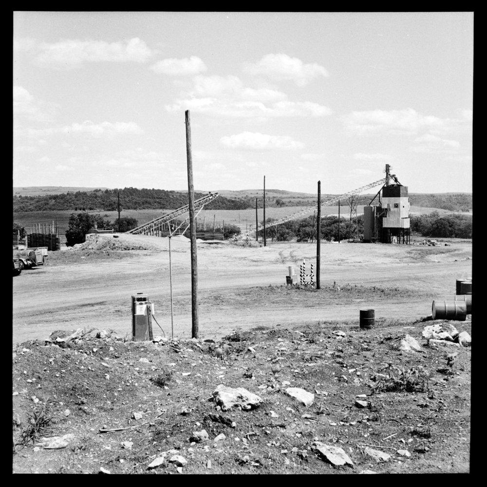 Construction of the Tuttle Creek Dam - 3