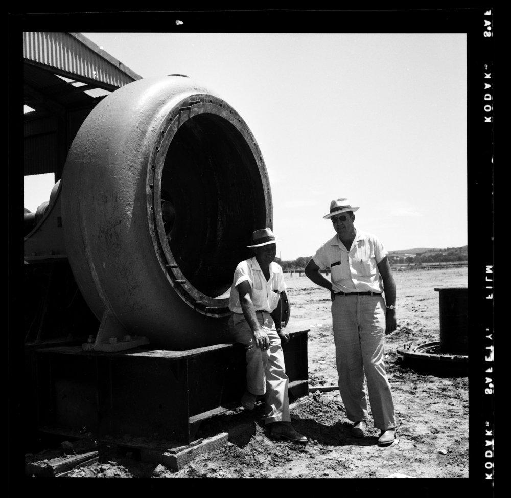 Construction of the Tuttle Creek Dam - 2