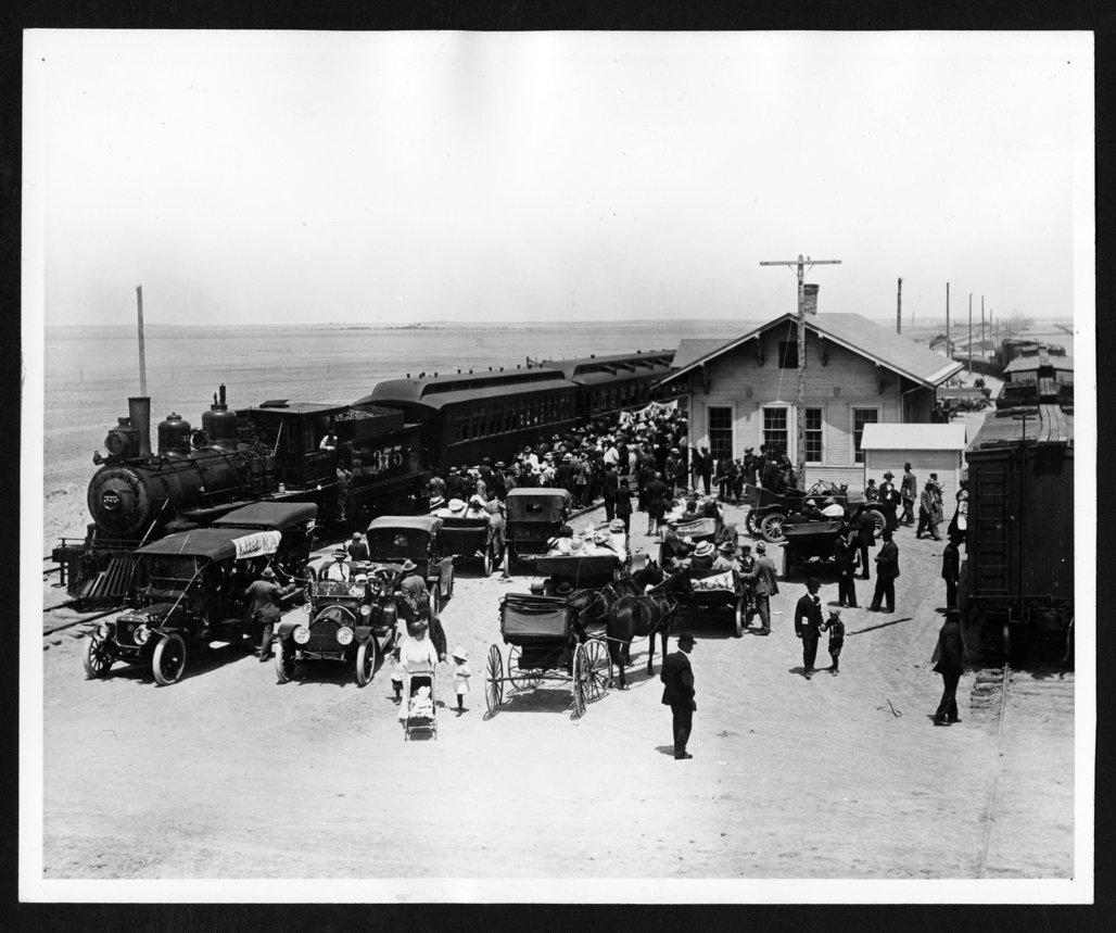 Excursion trains, Hugoton, Kansas - 1
