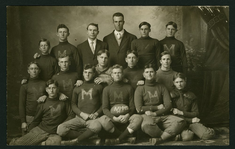 1911 Mount Hope High School football team in Mount Hope, Kansas - 1
