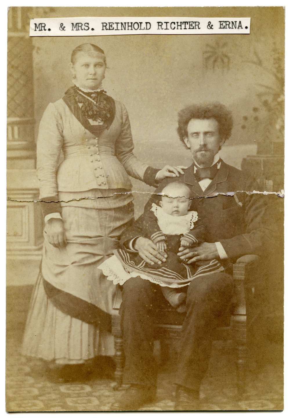 Reinhold Richter family in Alma, Kansas - 1