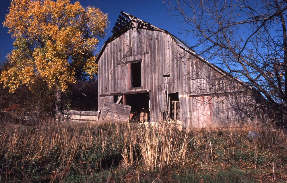 Charles Herman photograph collection - View of an unidentified barn in Wabaunsee County, Kansas.