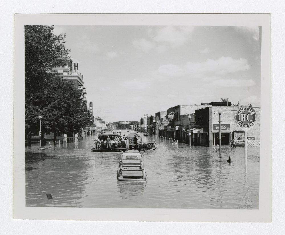 1951 flood in Manhattan, Kansas - 6 [Poyntz Avenue]