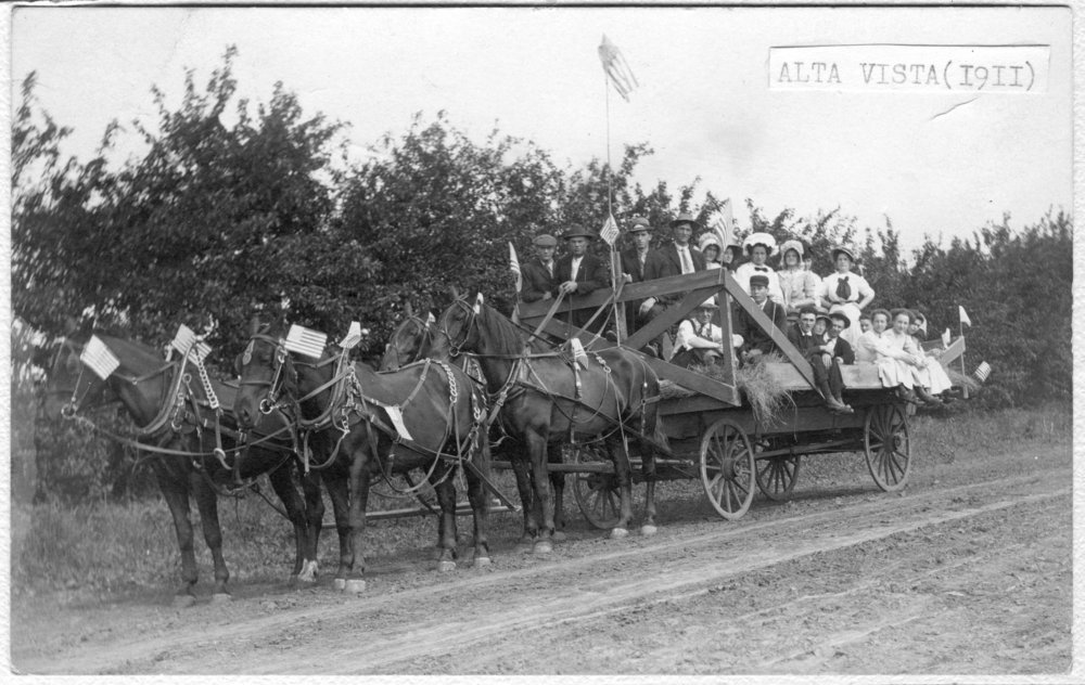 Parade wagon, Alta Vista, Kansas