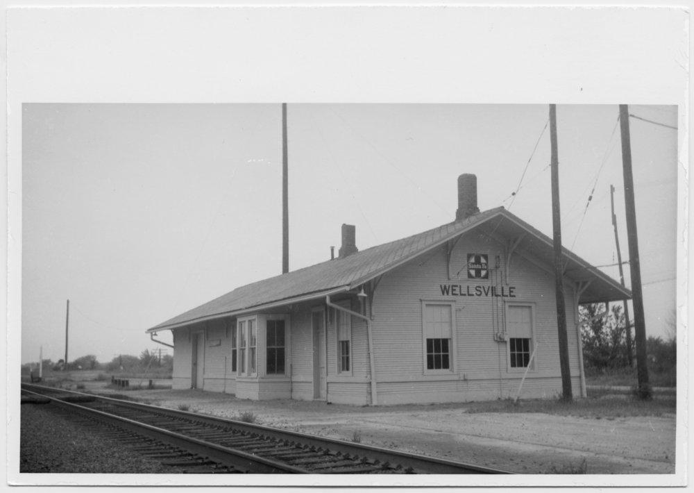 Atchison, Topeka and Santa Fe Railway Company depot, Wellsville, Kansas - 1