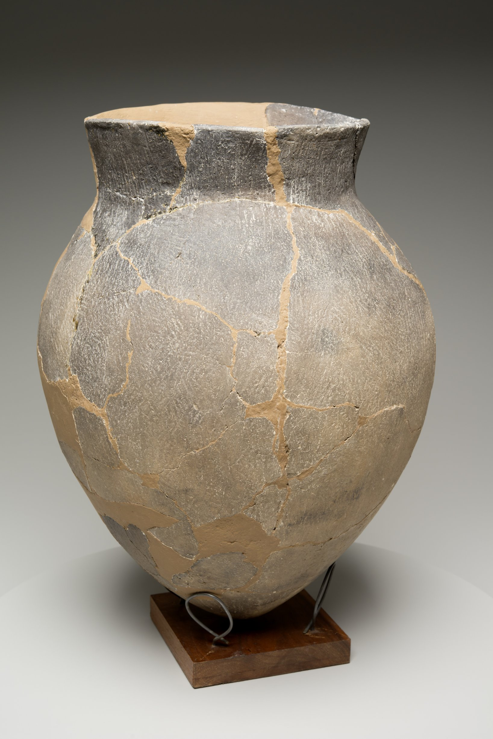 Grasshopper Falls phase Early Ceramic Vessel From the Booth Site, 14JN349 - 35