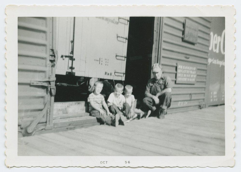 Atchison, Topeka & Santa Fe Railway's miniature train and the engineer Merle A. Benson - 6