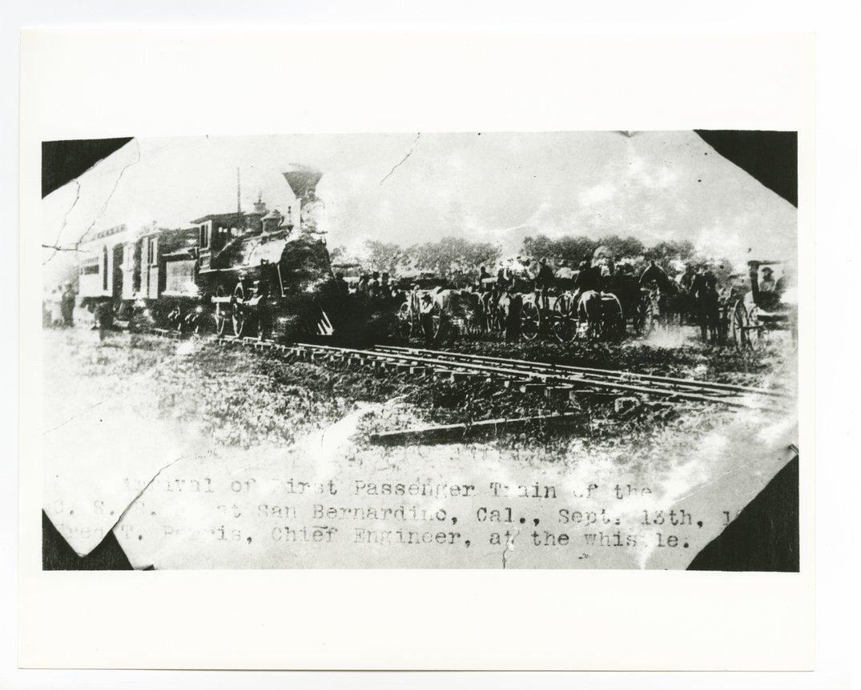 Atchison, Topeka & Santa Fe Railway Company's steam locomotive #4 - 1