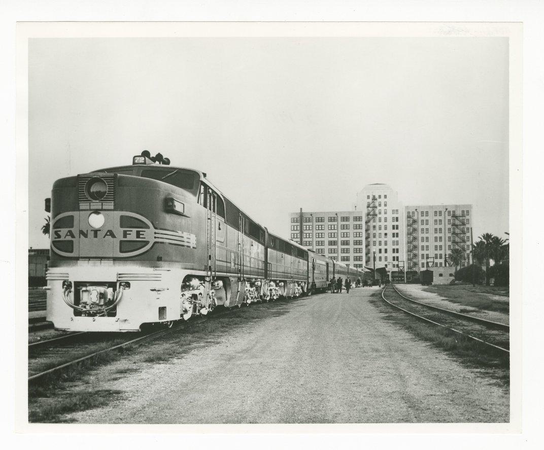 Atchison, Topeka & Santa Fe Railway Company's general office building, Gavleston, Texas - 1