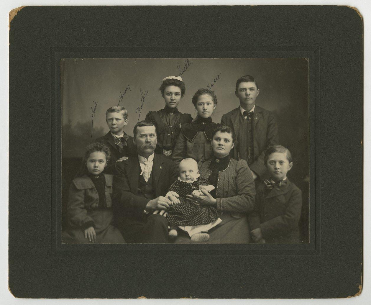 D. S. Logan family - 1