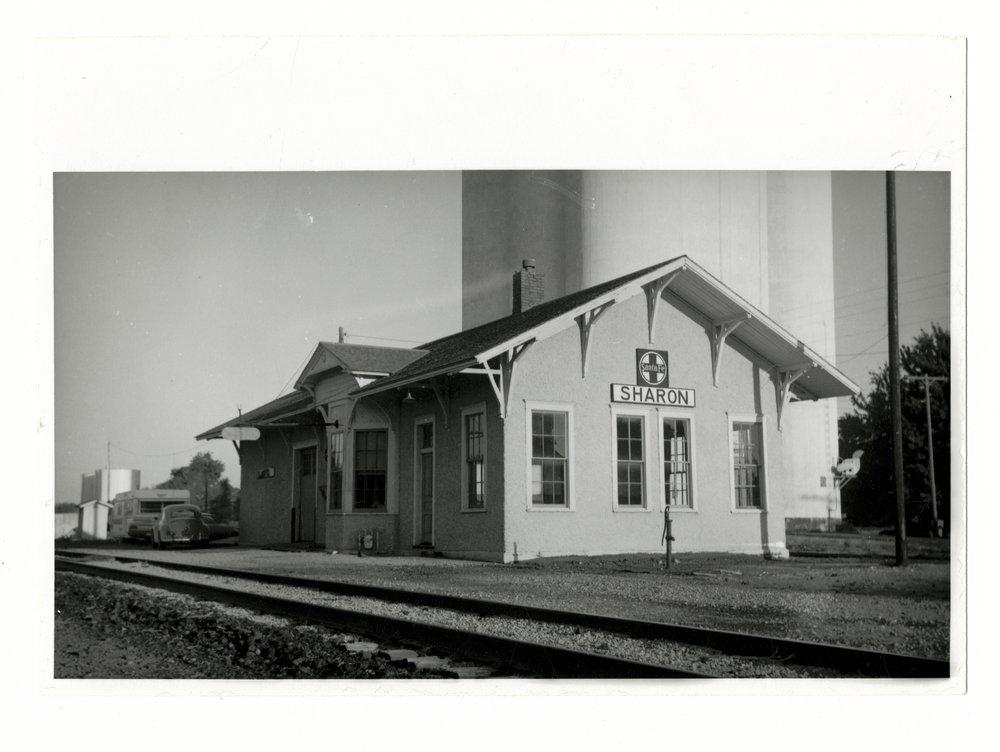 Atchison, Topeka and Santa Fe Railway Company depot, Sharon, Kansas - 1
