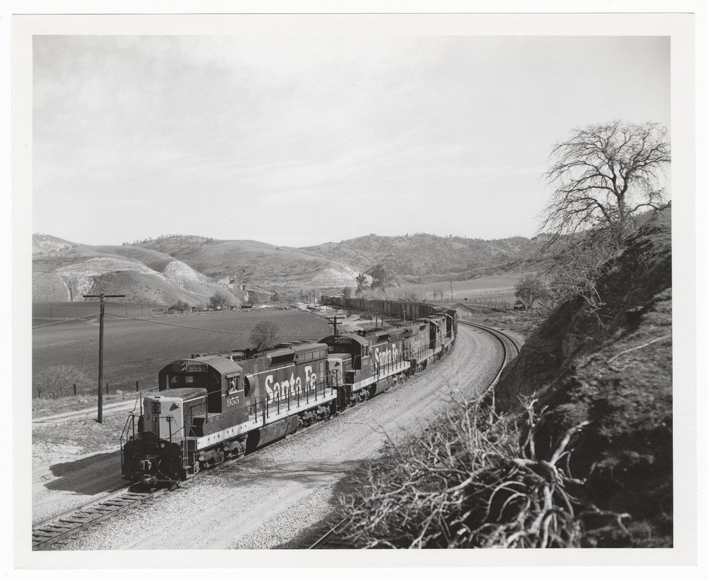Atchison, Topeka & Santa Fe Railway Company freight train, Tehachapi Mountains, California - 1